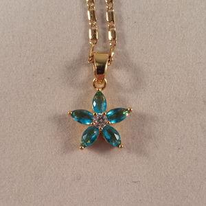 Jewelry - 18K Gold Blue Topaz Zircon Flower Pendant Necklace